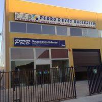 puertas_y_persianas_auto_pedro_reyes_ballester.jpg